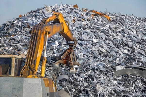 Scrap metal recycling plant