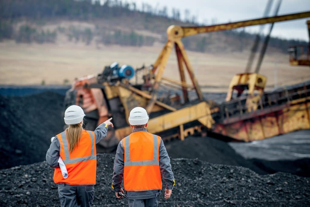 Supervisors and mining equipment